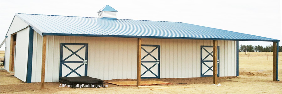 Custom Horse Barns Colorado